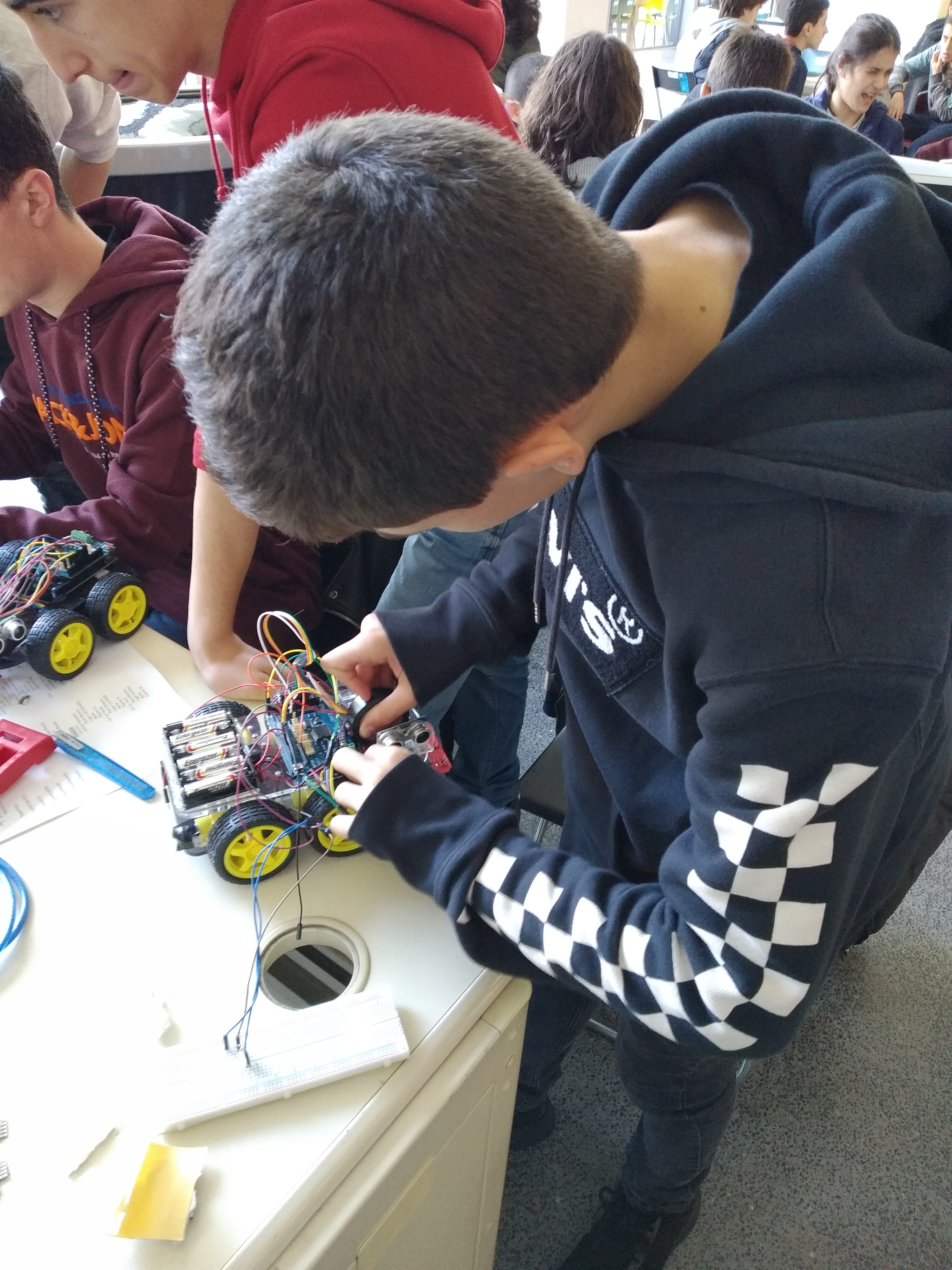 Circuitos Eletrónicos e Sensores